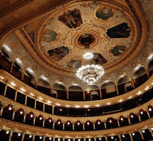 Opernyj-teatr-zhemchuzhina-Odessa-1